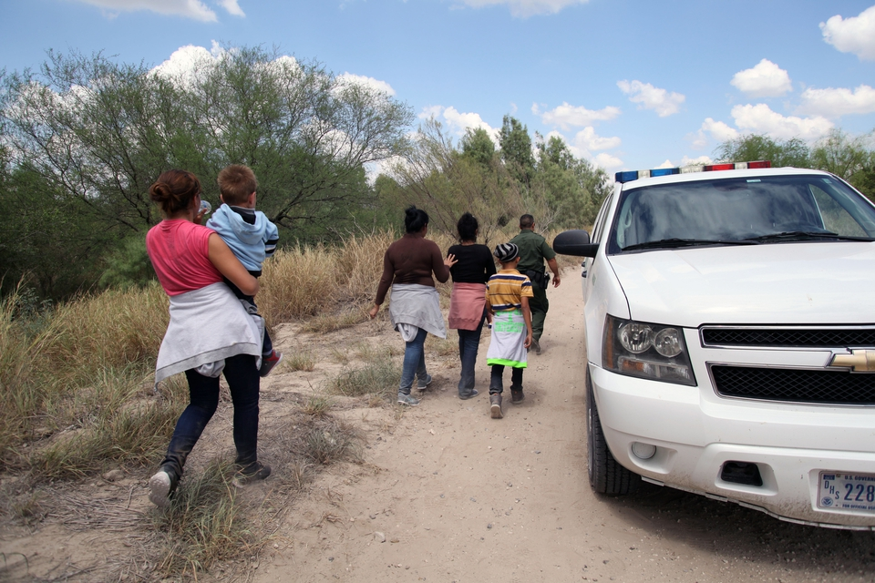 Families and children at the US border